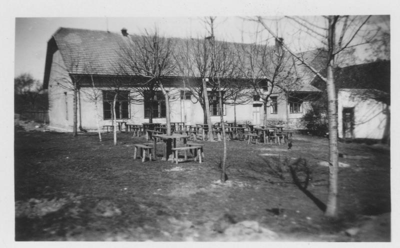 Hostinec - sál 1929